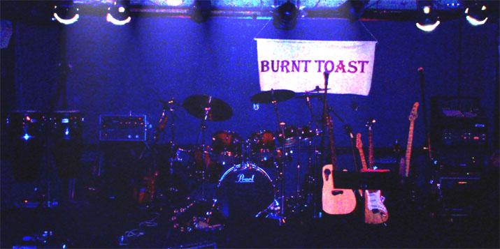 Burnt Toast - the stage is set ...